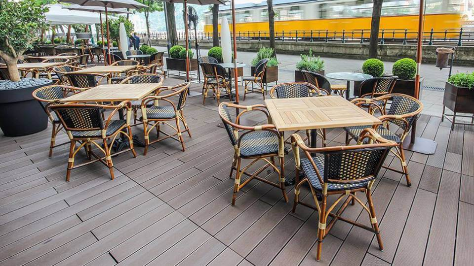 French Bistro by Beaufurn, for spaces designed for outdoors