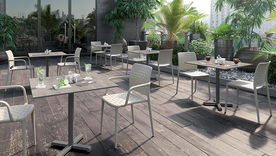 outside seating with landscaping