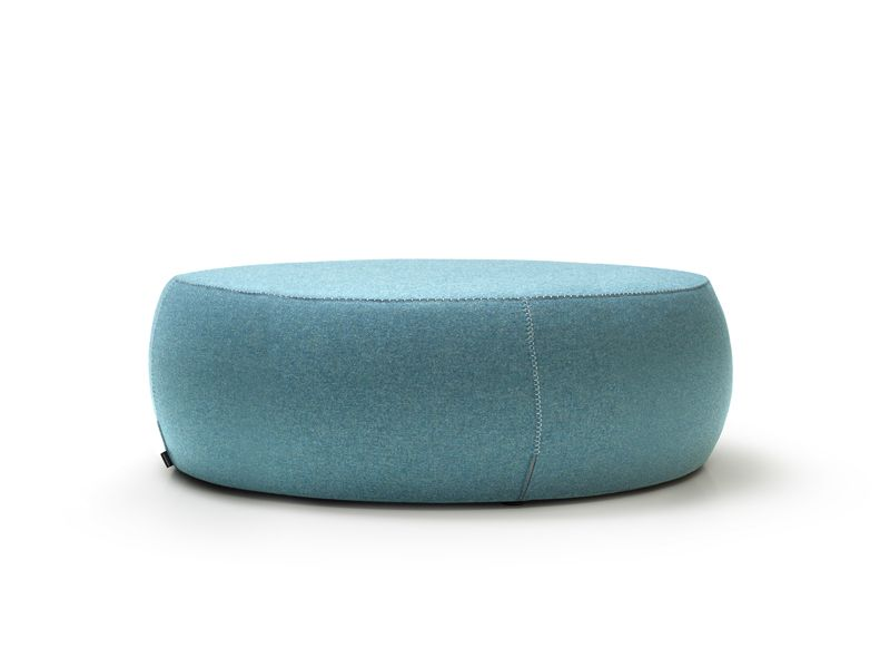 Pouf Point table seating